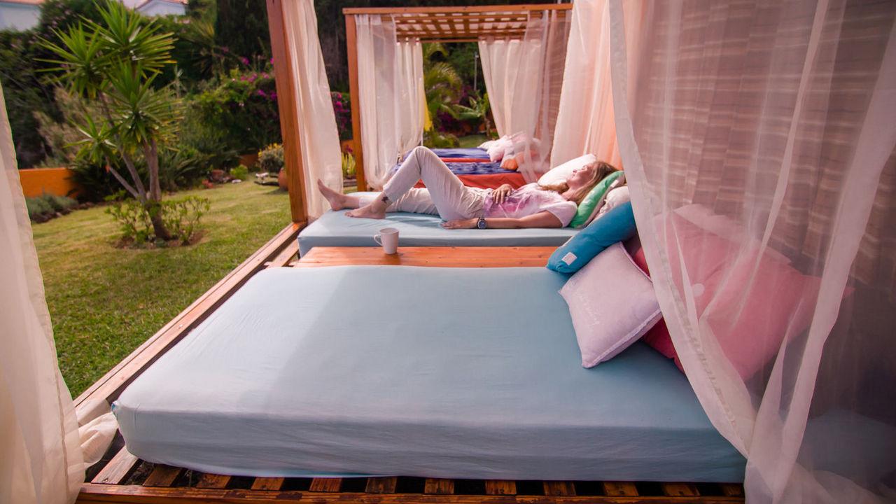 Gallery galo resort hotels for Cama balinesa